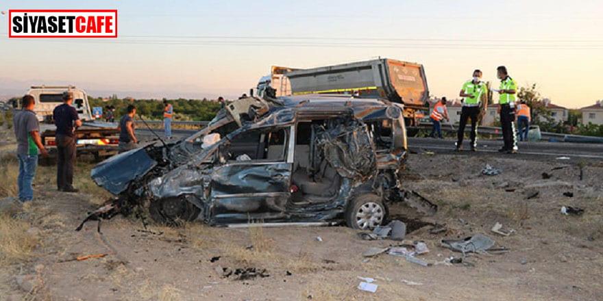 Niğde'deki kaza ucuz atlatıldı: 4 yaralı!