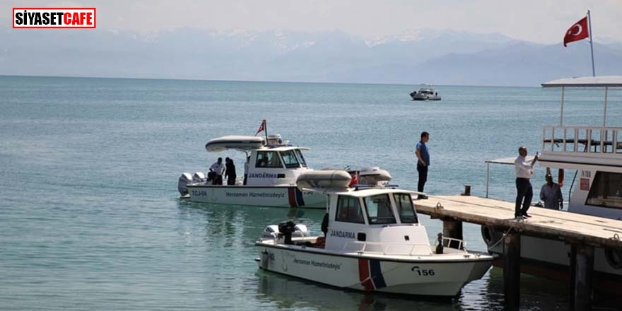 Van Gölü'nde batan sığınmacı teknesinde ölü sayısı 16'ya yükseldi
