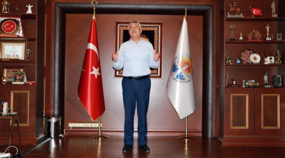 CHP Büyükşehir belediye başkanının koltuğuna kadar haciz geldi