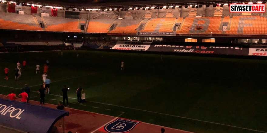 İstanbul'da şampiyonluk maçında büyük şok! Elektrikler kesildi
