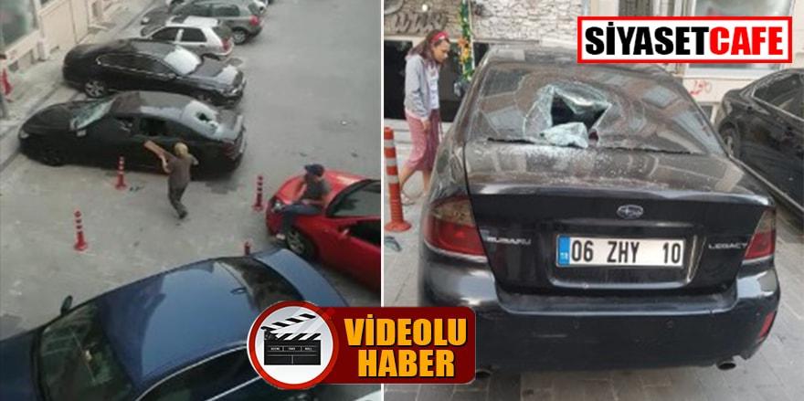 Kontrolden çıktılar; arabayı parçaladılar!