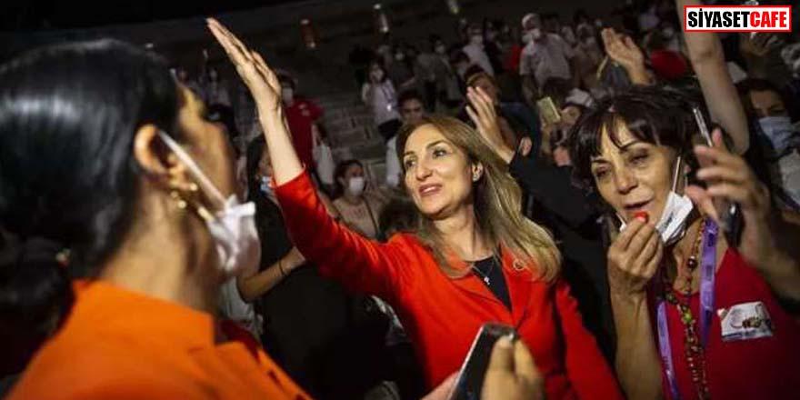 Aylin Nazlıaka CHP Kadın Kolları Genel Başkanı oldu