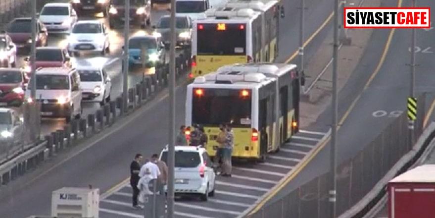 Yolcular şok oldu, Metrobüs'e kurşun isabet etti