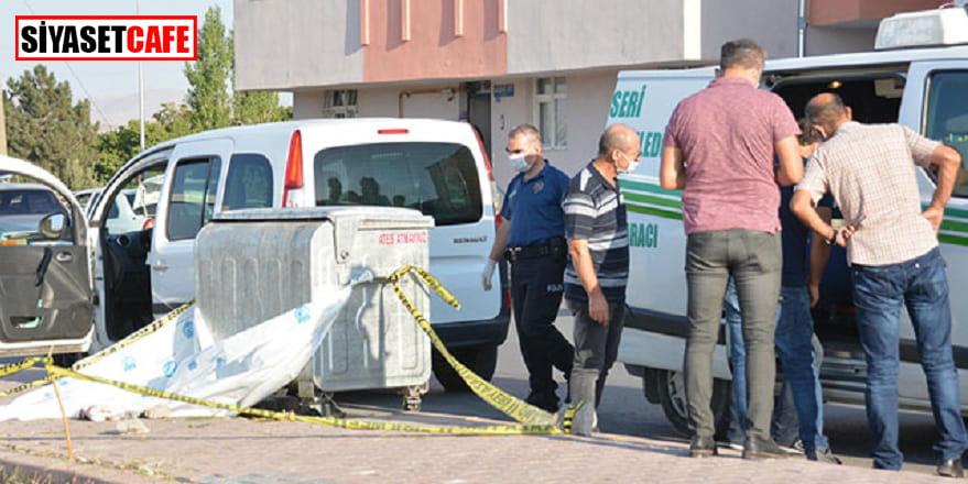 Çöp konteynerinde erkek bebek cesedi