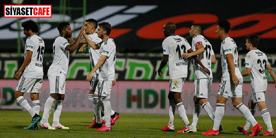 Beşiktaş Konyaspor'a deplasmanda farklı yenildi: 4-1
