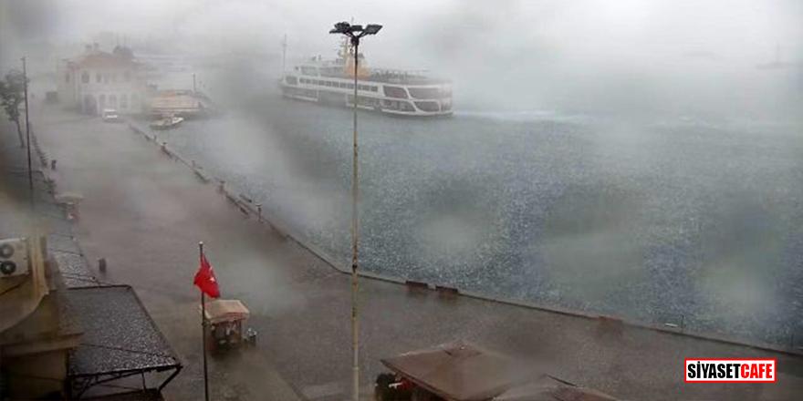 İstanbul'da beklenen sağanak yağış ve dolu başladı
