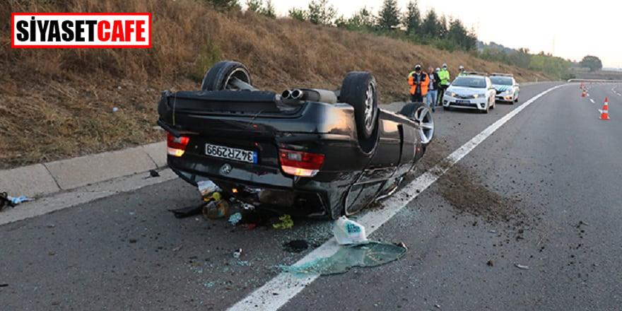 Lastiği patlayan otomobil takla atıp devrildi: 4 yaralı!