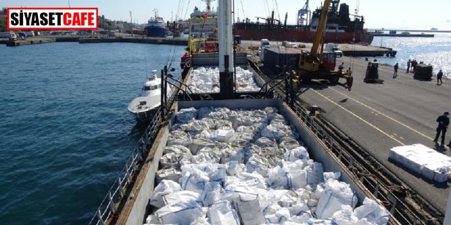 Ukrayna'ya giden gemide kaçak sigara ve tütün bulundu