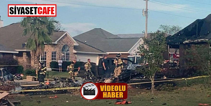 Amerika'da uçak evin üstüne düştü, 2 kişi öldü!