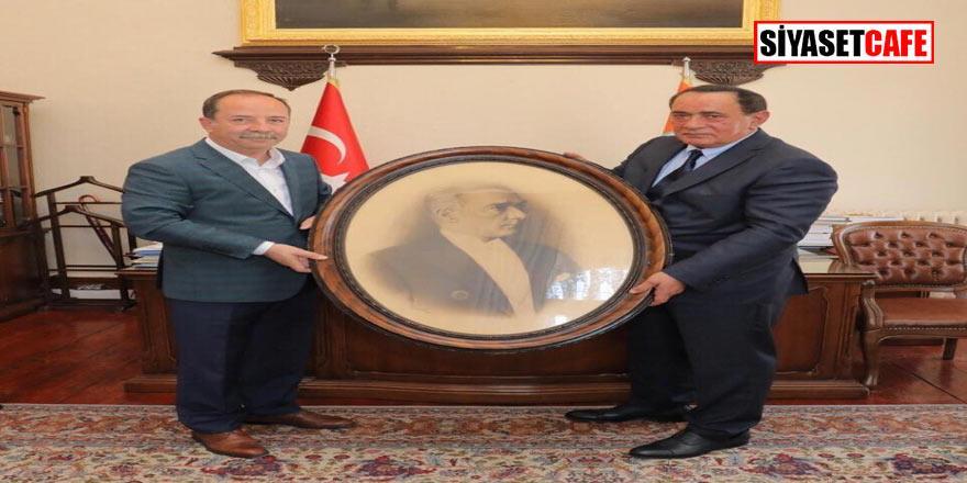 Alaattin Çakıcı Edirne Belediye Başkanı Gürkan'ı ziyaret etti