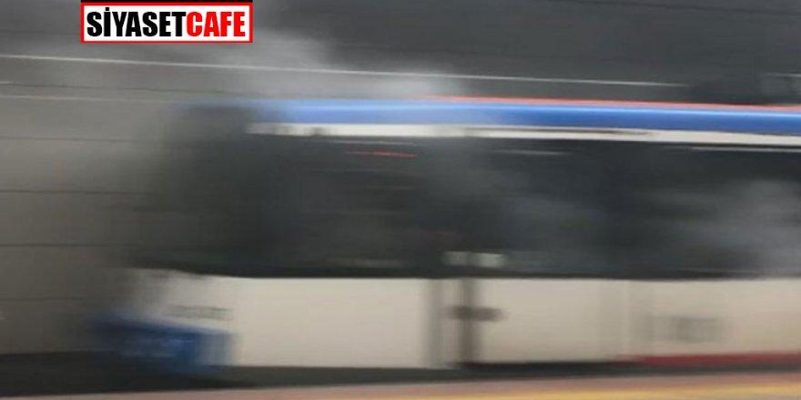 İstanbul'da panik! Tramvaydan dumanlar yükseldi