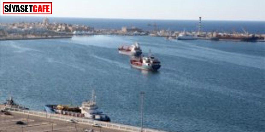 Mültecileri taşıyan gemi battı! Ölüler var