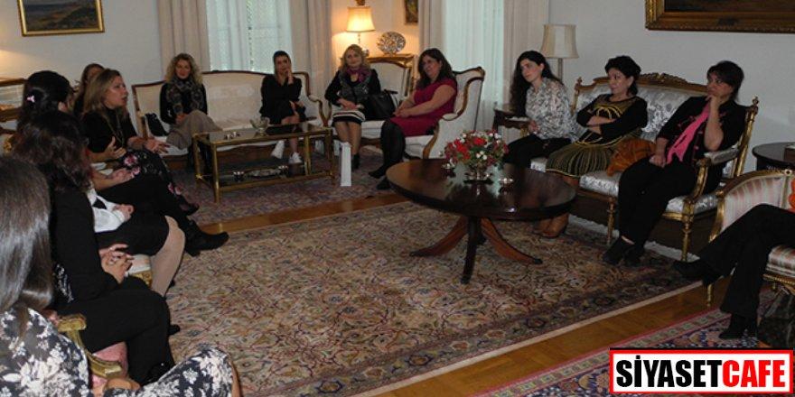 Kadınlardan Türkiye ve Azerbaycan dayanışması