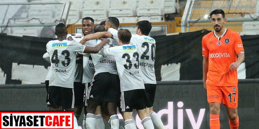 Beşiktaş Başakşehir'in galibiyet serisine son verdi