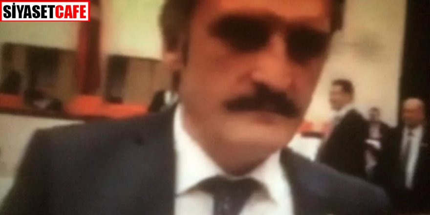 AK Partili milletvekilinden pes dedirten olay! Tarihi çeşmeye babasının adını yazdırmış
