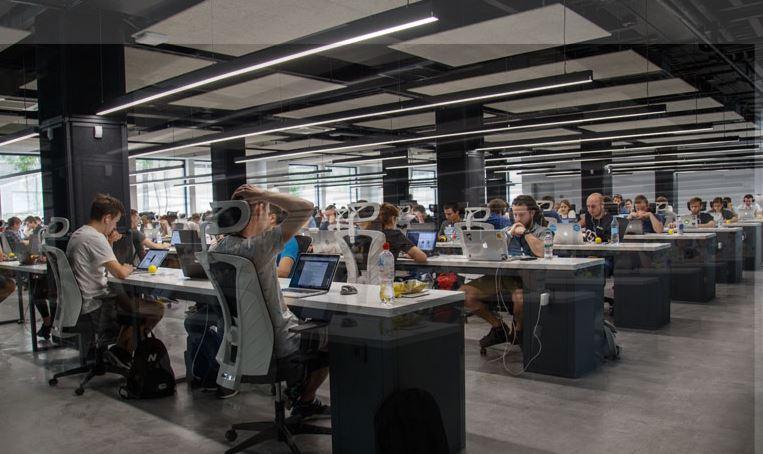 Milyonlarca çalışanı ilgilendiriyor; Mesai saatleri değişti
