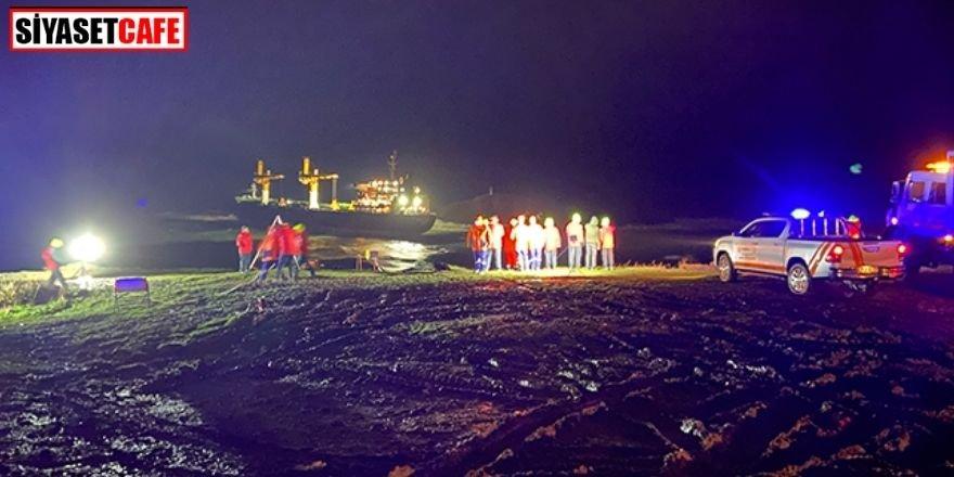 İstanbul'dan Rusya'ya giden gemi karaya oturdu!