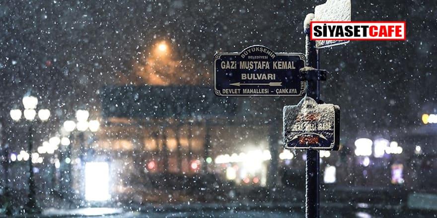 Ankara'da kar yağışı devam ediyor