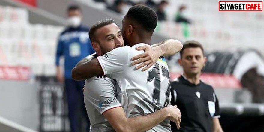 Lider tam hız: Beşiktaş 3-0 Alanyaspor
