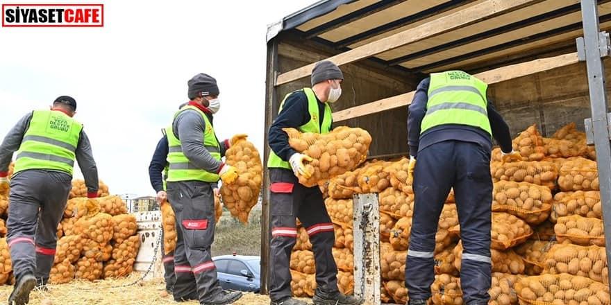 İstanbul'da ihtiyaç sahiplerine patates ve soğan dağıtımı başladı