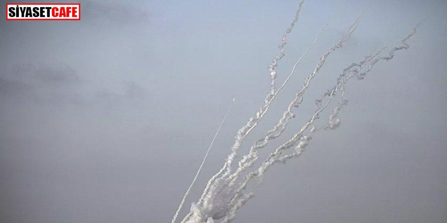 Hamas'tan İsrail'e misilleme: 130 roket fırlatıldı