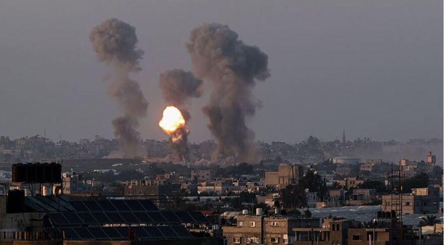 İsrail Gazze'ye hava ve kara operasyonu başlattı