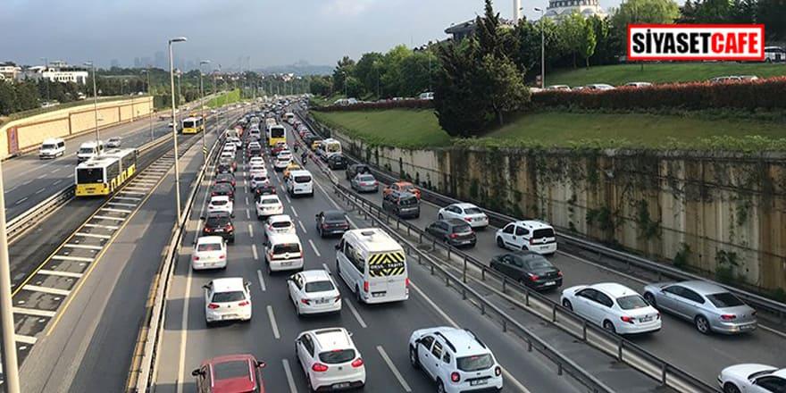 Tam kapanma sonrası İstanbul'da trafik yoğunluğu!