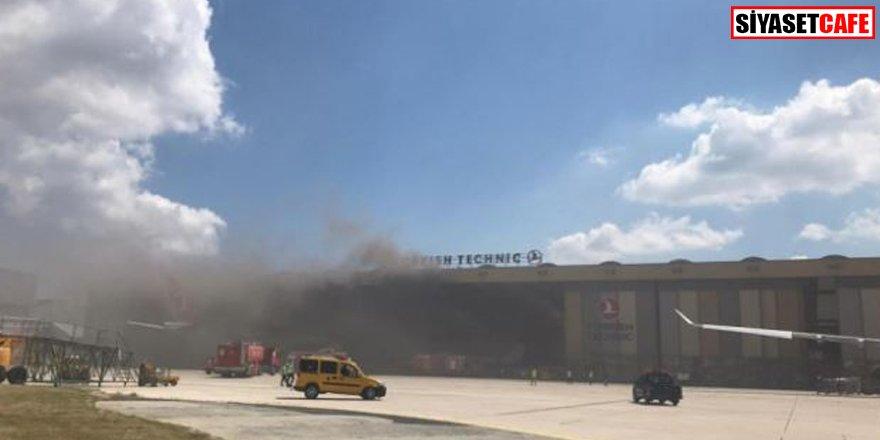 Havalimanı'nda panik: THY uçak bakım hangarında yangın