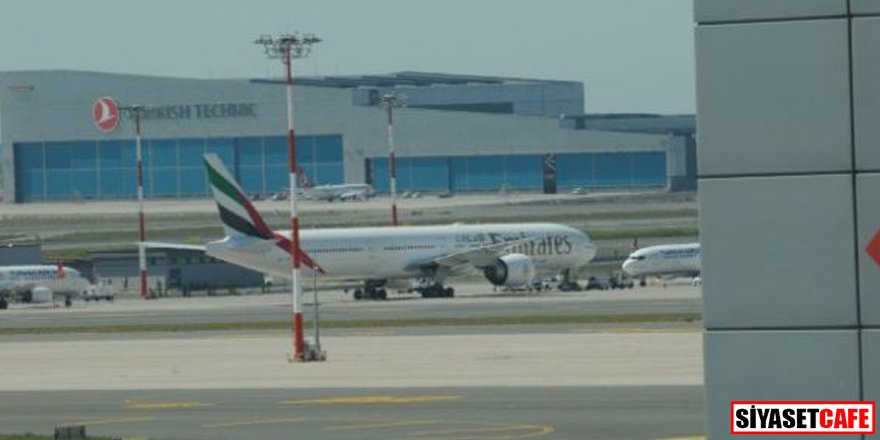 Uçak İstanbul'a acil indi