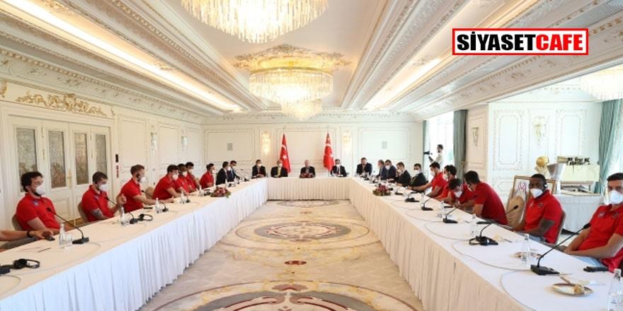 Erdoğan Anadolu Efes'i kabul etti
