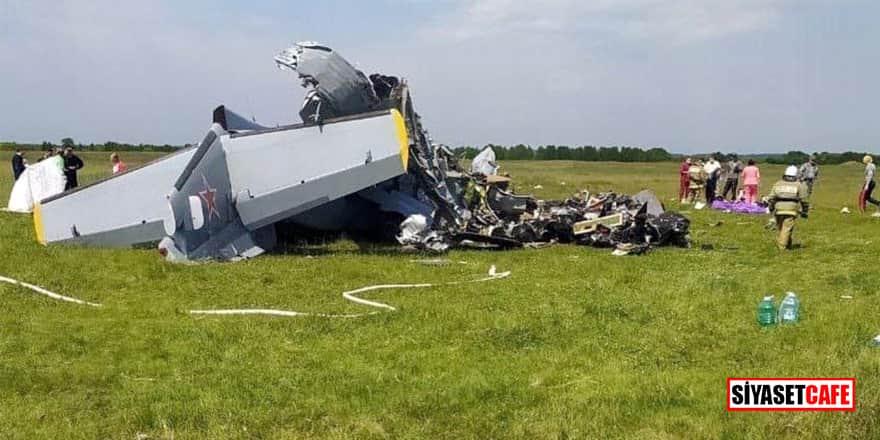 Paraşütçüleri taşıyan uçak düştü: 9 ölü, 15 yaralı