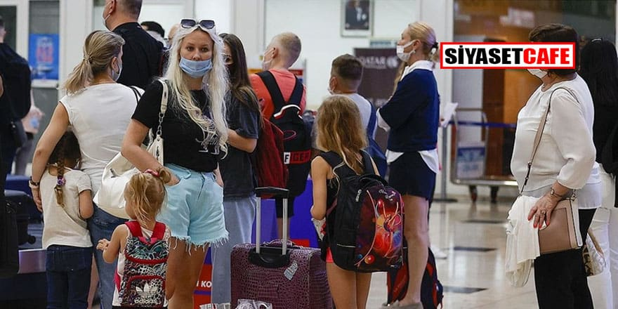 İlk Rus turist uçağı Antalya'da