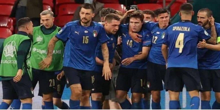 EURO 2020'de İtalya çeyrek finale yükseldi