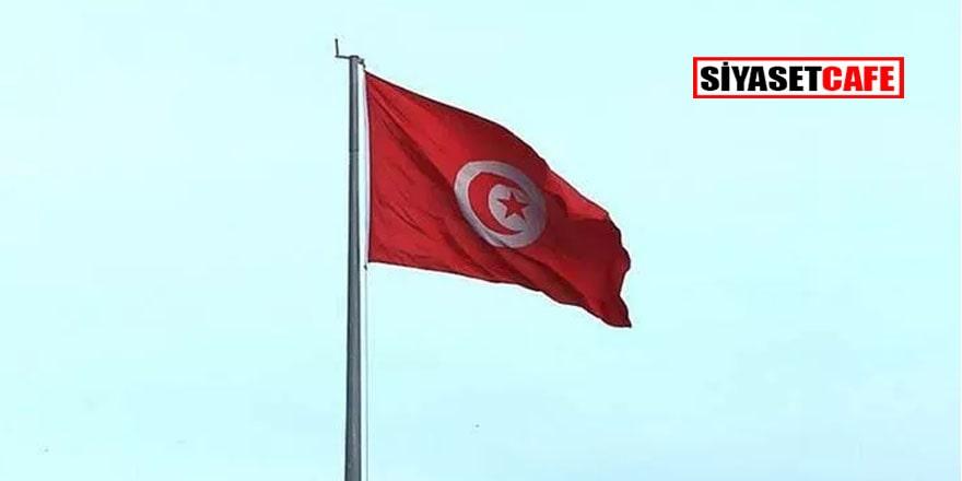 Tunus'ta muhalif parti Meclis Genel Kurulu'nu işgal etti!