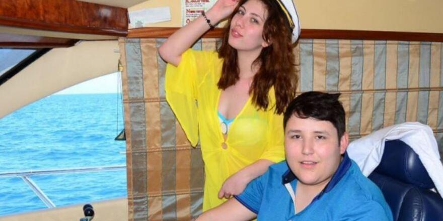"""""""Tosuncuk"""" Mehmet Aydın'ın eşinin açtığı boşanma davasında karar"""