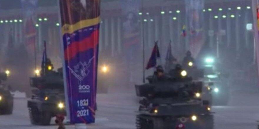 Venezuela bağımsızlığının 210'uncu yılını kutluyor