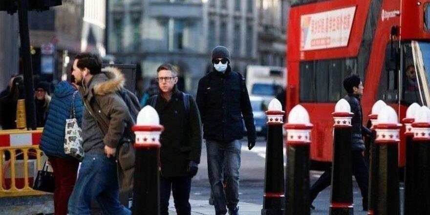 Avrupa'da koronavirüs önlemleri yeniden artıyor