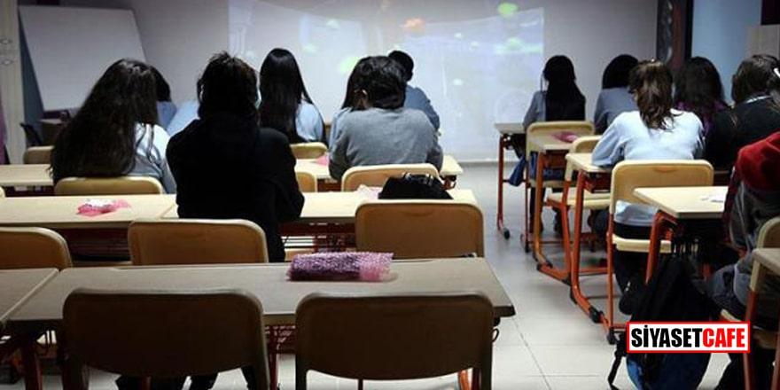Pandemi nedeniyle özel okullar öğrencileriyle birlikte satışa çıkarıldı