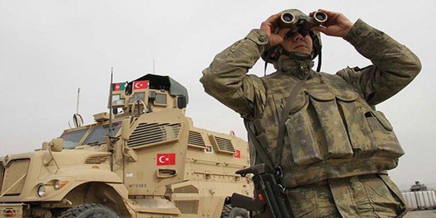 """Afganistan'daki Türk askeri artık """"NATO"""" komutasında değil"""