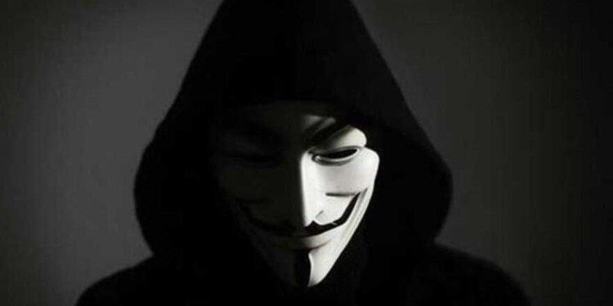 "Hacker grubu Anonymous'tan Sedat Peker'e: ""Yürü git, faşist"""