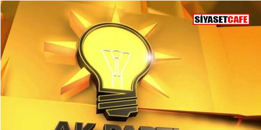 Yeni Şafak yazarı: AK Parti'de her düzeyde kibir, böbürlenme sorunu var