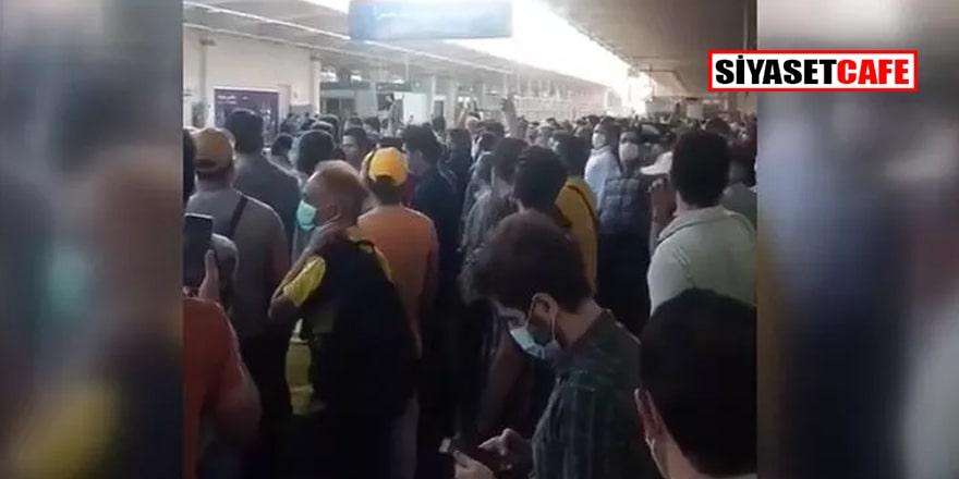 Tahran metrosunda elektrik kesildi protestolar rejime yöneldi