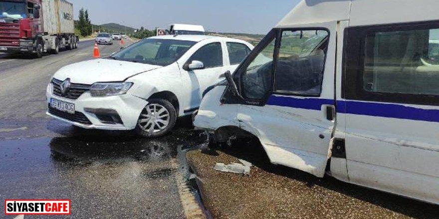 Manisa'da zincirleme kaza:10'dan fazla yaralı