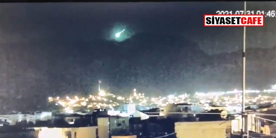 Yangın, felaket derken... 'İzmir'e meteor düştü!' iddiasını Ege Üniversitesi Gözlemevi Müdürü Doç. Hasan Dal yanıtladı