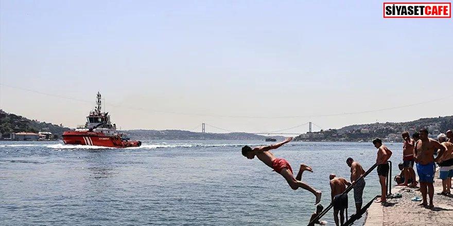 Nemli hava bunalttı: İstanbul'da sıcaklık 39 dereceye dayandı