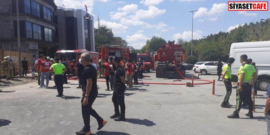 Beyoğlu'nda inşaatta yangın: 6 işçi yaralandı