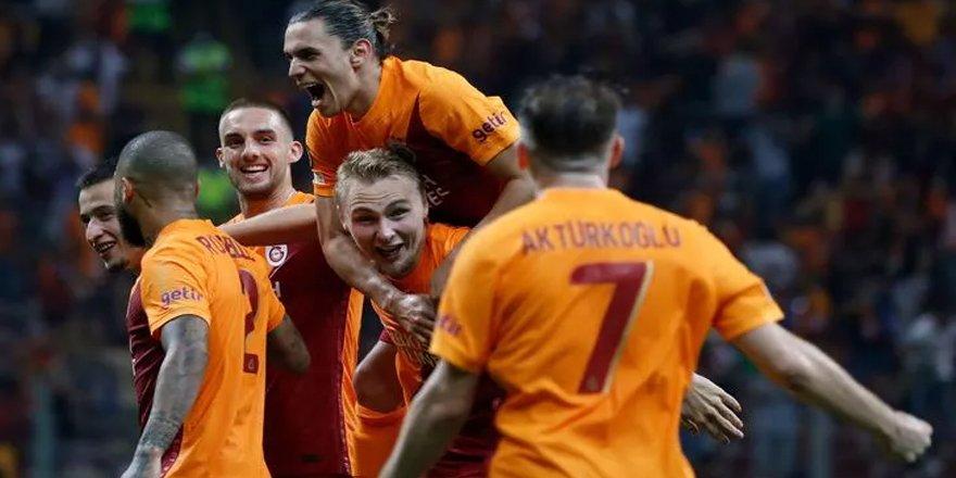 Galatasaray zirvede başladı!