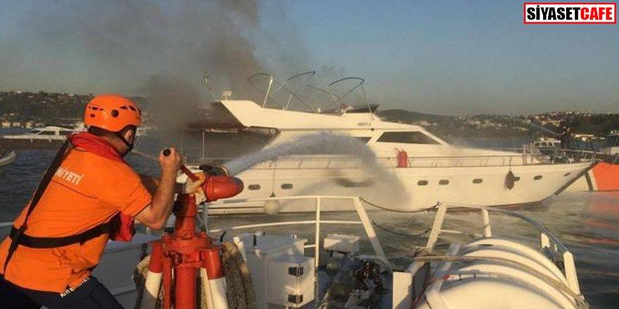 İstanbul'da korkutan tekne yangını