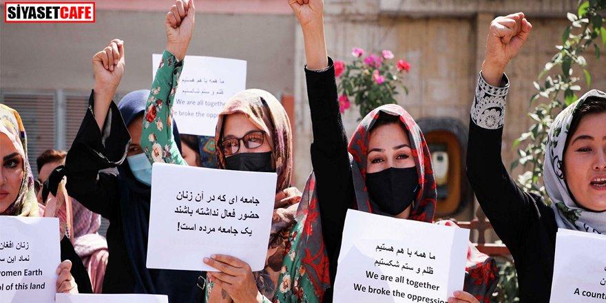 Afganistan'da kadınların okullara gitmesine izin verilecek