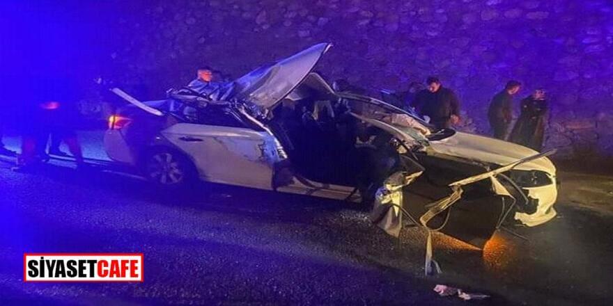 CHP'li Belediye Başkanı'nın otomobili kaza yaptı:1 ölü, 2 yaralı